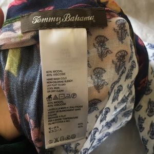 Tommy Bahama Accessories - Tommy Bahama scarf